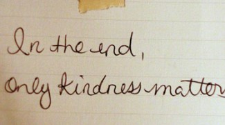 How Acts of Kindness Can Grow Your Bottom Line Featured Image